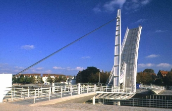 Bascule bridges - Moveable footbridge, Vegesack, Germany