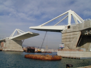 Bascule bridges - Punte d'Europa, Barcelona, Spain
